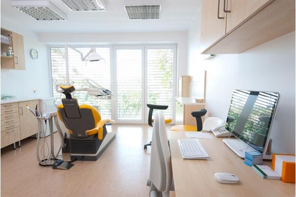 Architettura e design studio dentistico   arca progetti