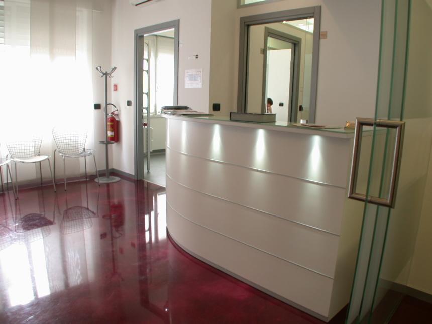 Architettura e design degli studi dentistici arca progetti for Ammortamento arredamento
